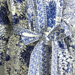 Dresses & Skirts - Intricate embroidered white and blue maxi robe